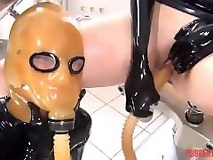 Rubber, Breathplay poppers