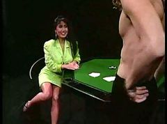 Asian, Poker parti wife