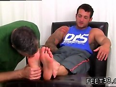 Black, Cuckold liking feet