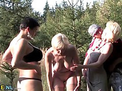 Mature outdoor double penetration