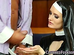 Foursome, Nun, Rubber latex apron