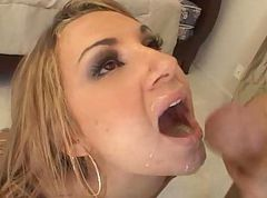Cumshot, Amy ried hungry