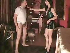 Bus, Amature ballbusting
