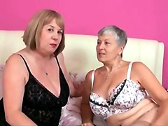 Links hit porn tube old and young lesbians