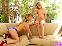 Babe, Smoking, Lesbian, Two couple chaturbate