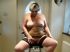 Amateur, Bbw dry humping solo