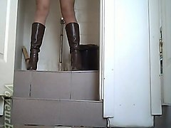 Amateur, Boots, Oil, Double black