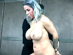 Bus, Hot mom fucking in the kitchen
